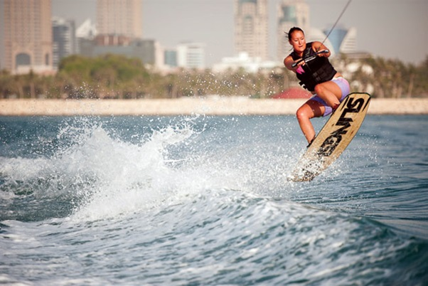 4 Water Sport Activities to do while on Holiday in Dubai